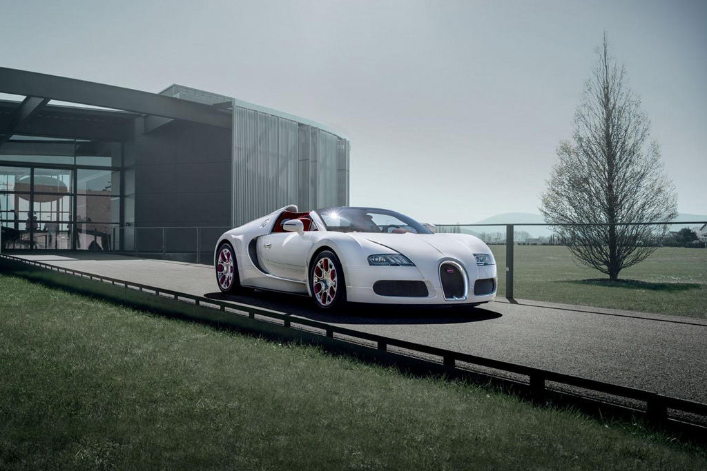 bugatti veyron grand sport wei long hypebeast. Black Bedroom Furniture Sets. Home Design Ideas