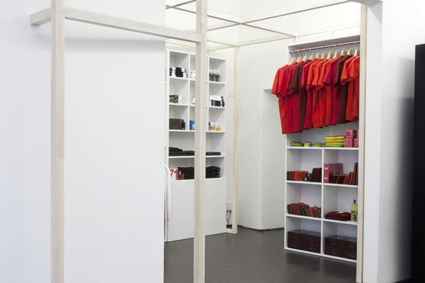 COMME des GARCONS BLACK Store & POCKET Store Berlin