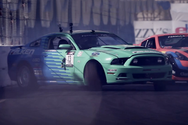 Formula Drift 2012 Opens Up to Some Crazy Scenes in Long Beach