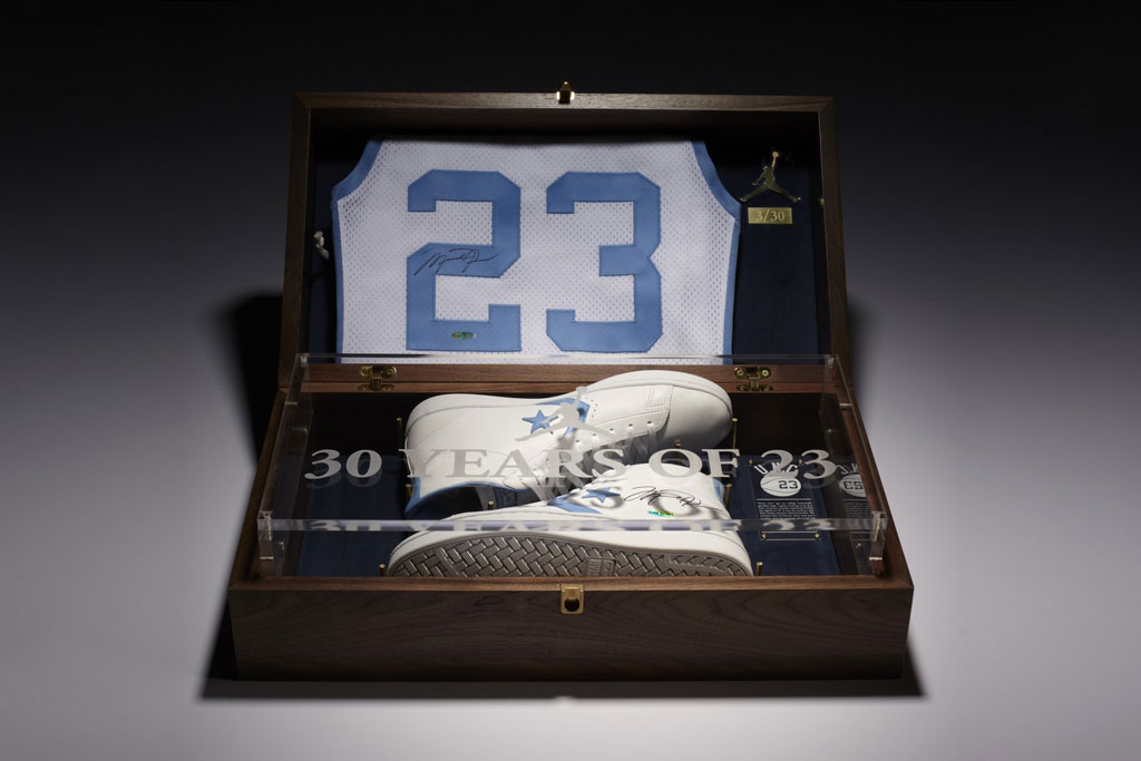 Jordan x Converse 2012 Commemorative Pack