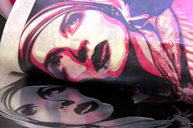 "Shepard Fairey Printing ""Harmony & Discord"" at Pace Prints Video"