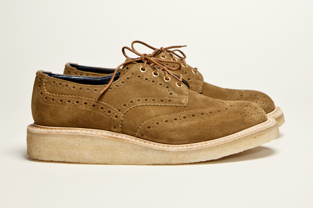 tres bien shop x trickers country brogue stone brown suede