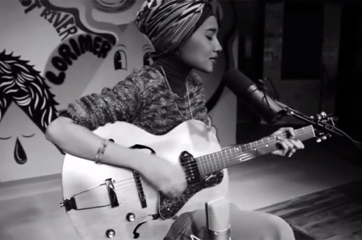 "Yuna Performs ""Island"" @ Converse Rubber Tracks"