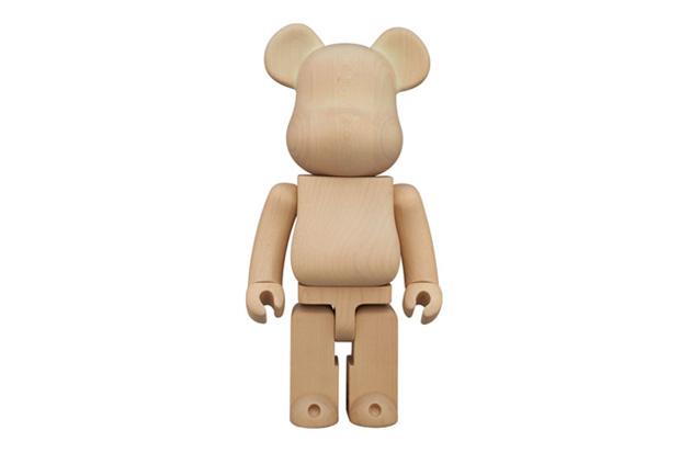 Karimoku x Medicom Toy 400% Glow-in-the-Dark Bearbrick