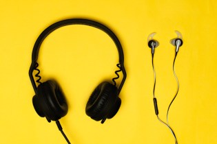 Polls: Headphones vs. Earphones