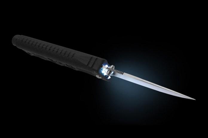 SOG BladeLight Knife