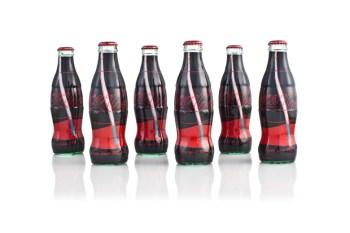 Uniqlo x Coca-Cola Artist Can Collection