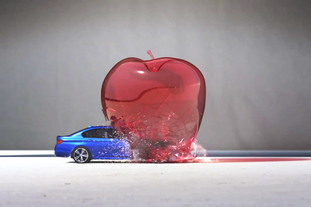 """BMW M5 """"Bullet"""" Destroys Glass, Balloons and Targets to Create Art"""