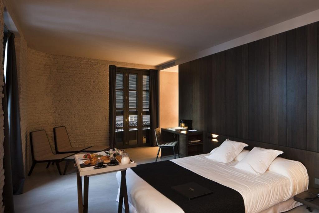 Caro Hotel by Francesc Rifé Studio