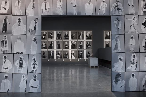 Karl Lagerfeld and Carine Roitfeld Chanel's 'Little Black Jacket' Book