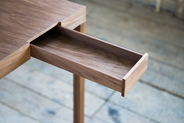 Drawers That Interact With One Another: Listen to Your Hands Desk by Lee Sanghyeok