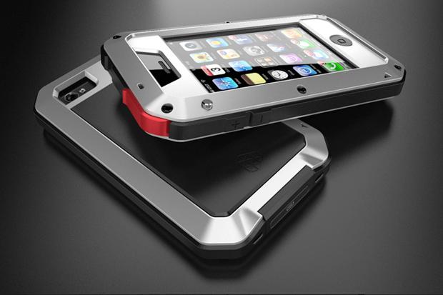 "LUNATIK ""TAKTIK"" iPhone Case by MINIMAL Inc."