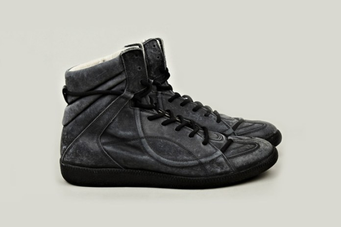 Maison Martin Margiela 2012 Fall/Winter Muffa Vintage Treatment Sneaker