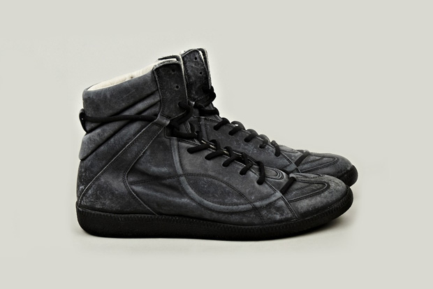 maison martin margiela 2012 fallwinter muffa vintage treatment sneaker