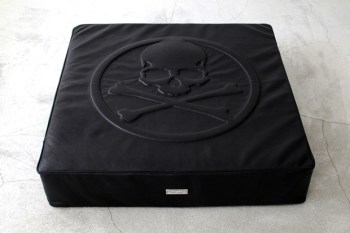 mastermind JAPAN x BUILDING Leather Floor Cushion