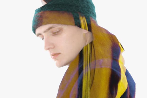 "Raf Simons 2012 Fall/Winter ""Run Fall Run"" Campaign Video"