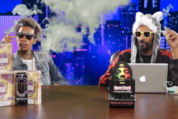 Snoop Dogg & Wiz Khalifa Do the News