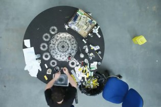 The Fabrication of Damien Hirst's New Scalpel Blade Painting