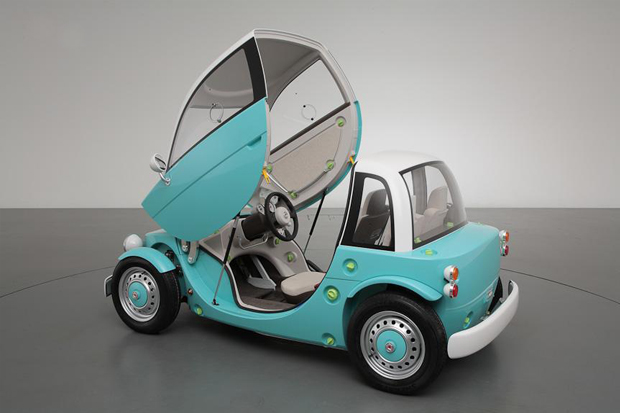 toyota unveils family camatte concept at 2012 tokyo toy show