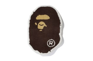"A Bathing Ape ""BAPE FACE RUG"""