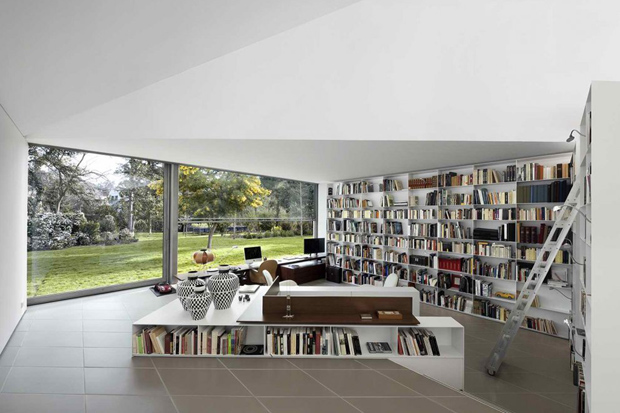 AA House by OAB