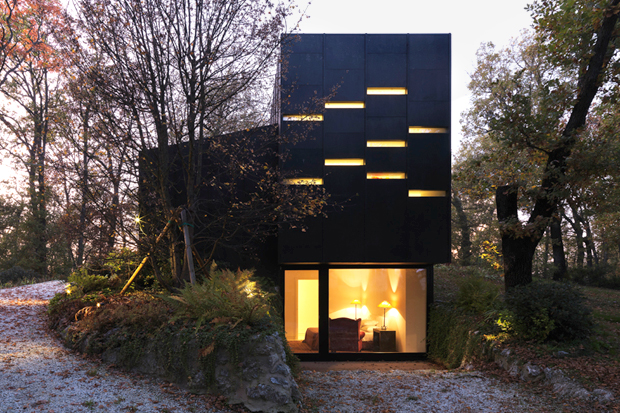 Bologna Guest House by Enrico Iascone Architects
