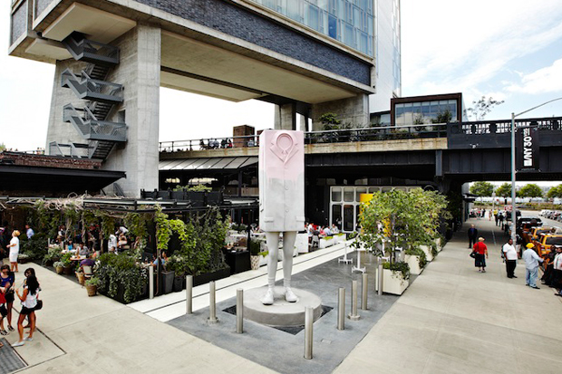 "Erwin Wurm ""Big Kastenmann"" Sculpture @ The Standard, New York"