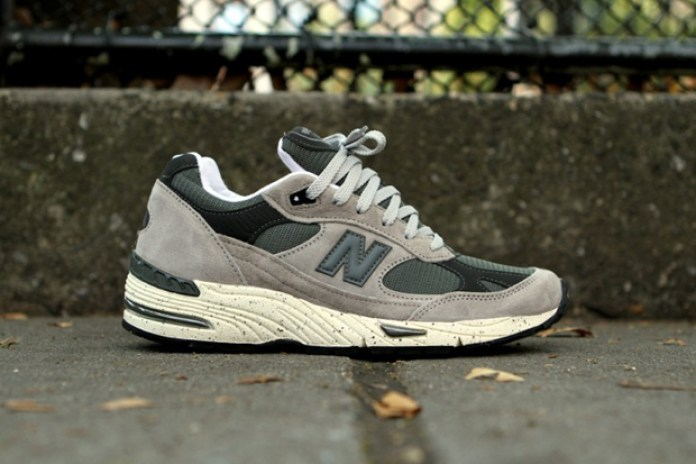 "New Balance ""Grey Speckle"" 991"