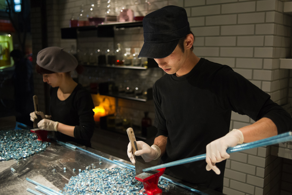 "Artisan Candy Shop ""Papabubble"" Yokohama by Yusuke Seki and Jaime Hayon"