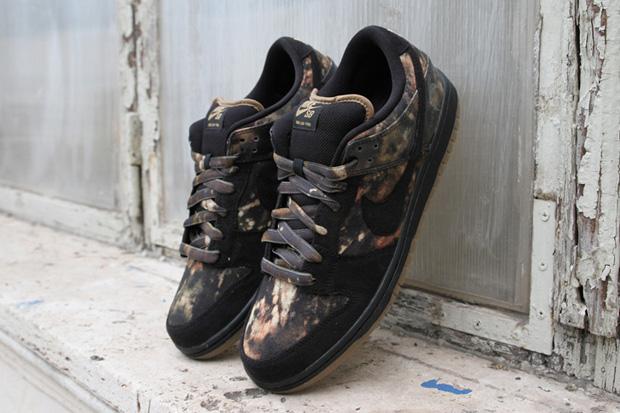 Pushead x Nike SB Dunk Low Premium 2012