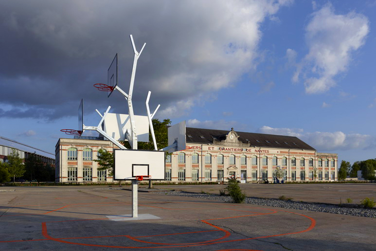 The Basket Tree in France by A/LTA Architects