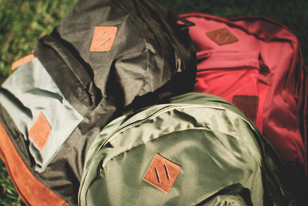 the hundreds 2012 fall two tone bag collection