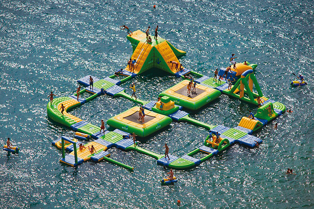 Turn a Lake into a Waterpark with the Wibit Sports Park 60
