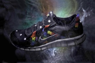 atmos x Nike Free Powerlines+ Black/Rainbow