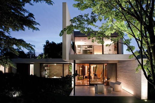 Fray Leon House by 57STUDIO