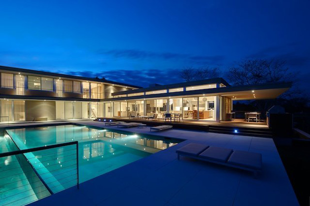 http://hypebeast.com/2012/8/house-by-the-pond-by-stelle-architects