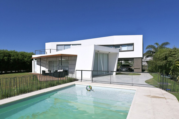 House V by I + GC [arquitectura]