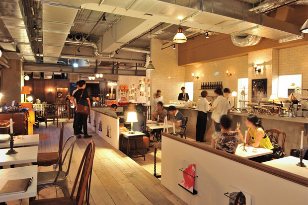 Idol Cafe, Shop and Event Space  Opens in Tokyo