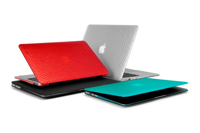 Incase Hammered Hardshell Case for MacBook