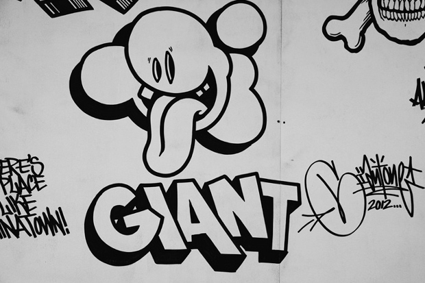 Mike Giant Mural @ Manhattan Bridge Chinatown