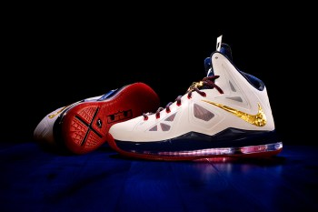 Nike Debuts the LEBRON X