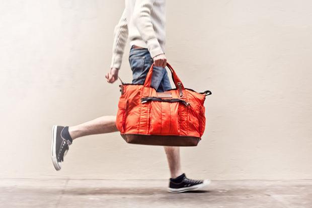 property of maxi travel bag