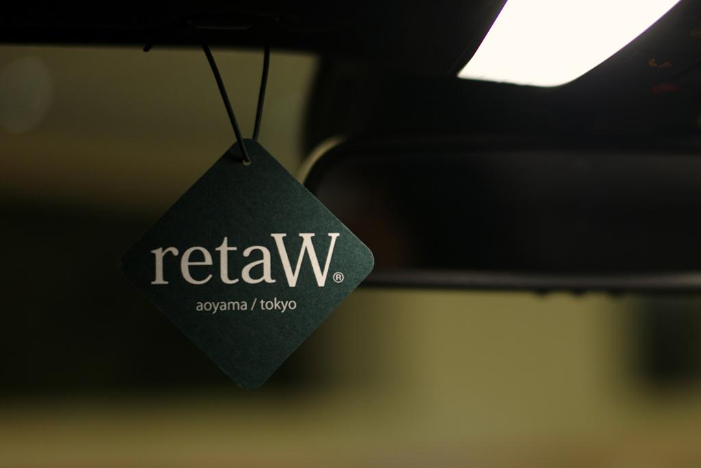 retaW Fragrance Car Tag