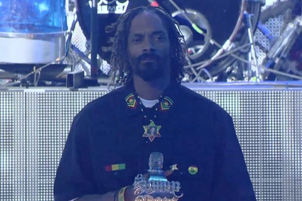Snoop Lion (Snoop Dogg) – Reincarnated Documentary Trailer