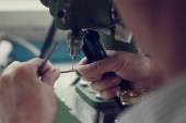 SUPER: Manufacturing Glasses in Italy Video