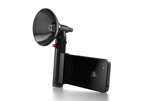The Paparazzo Light Means No More Grainy iPhone Photos
