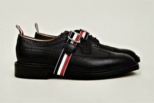 Thom Browne Buckled Wingtip Brogue