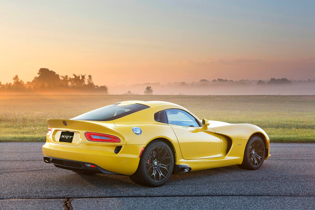 2013 srt viper gets initial price of 97395 and more images