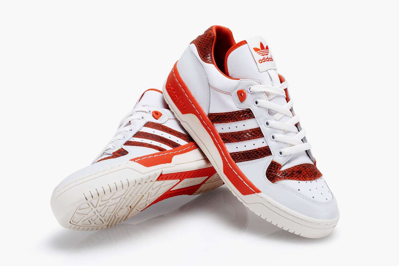 http://hypebeast.com/2012/9/adidas-originals-ny-rivalry-lo