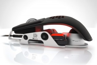 BMW x Thermaltake Level 10 M Gaming Mouse